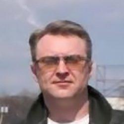Молодой парень ищет себе подружку для встреч в Кемерове